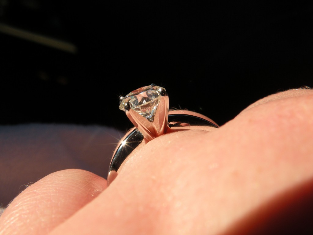 Side View of the Traditional 4 Prong Solitaire