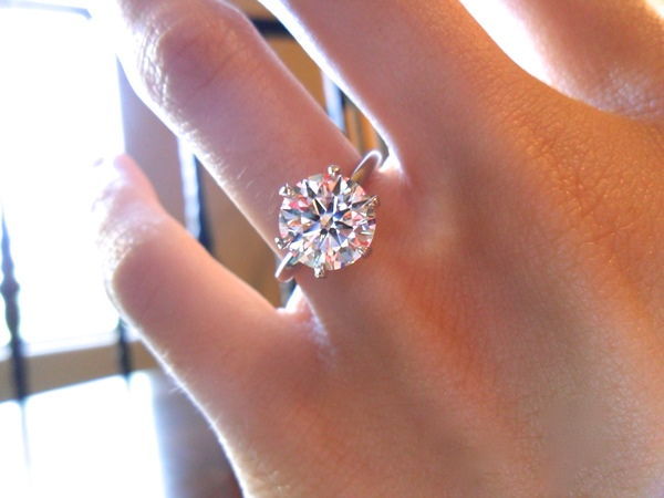 front view of sarahs brian gavin signature h a diamond - Size 4 Wedding Rings