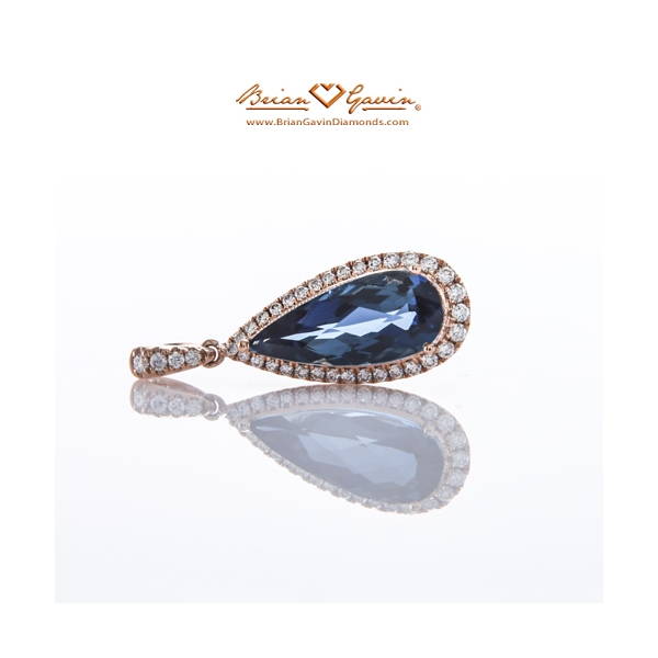 Pear London Blue Topaz