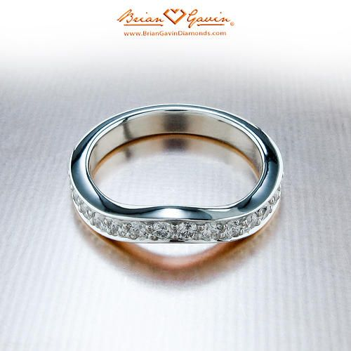 Peggy Curved Band 18K White Gold