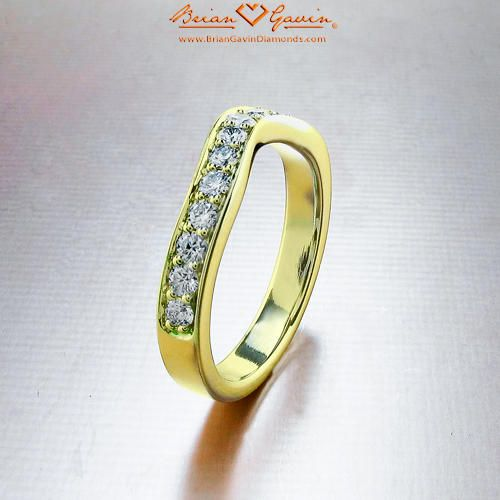 Peggy Curved Band 18K Yellow Gold