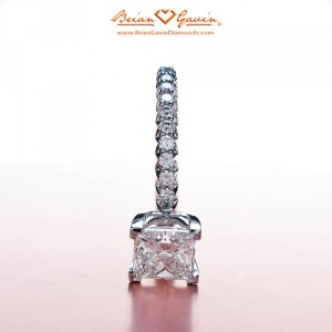 Fishtail Pave for Princess Cut Diamond Engagement Ring