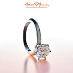 What is a knife edge diamond ring?