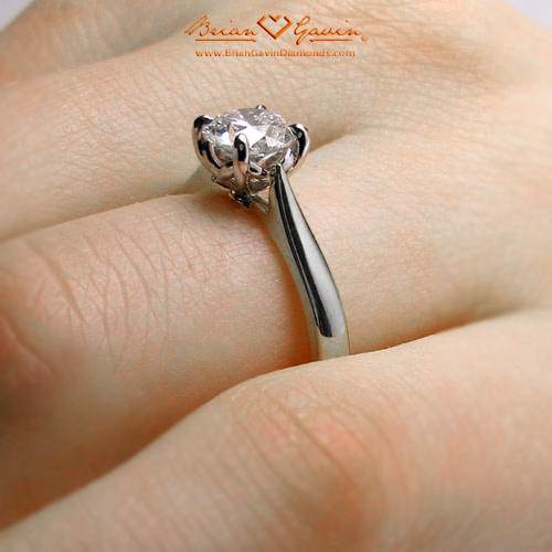 classic Style Solitaire vs Modern Variations of Solitaire Rings