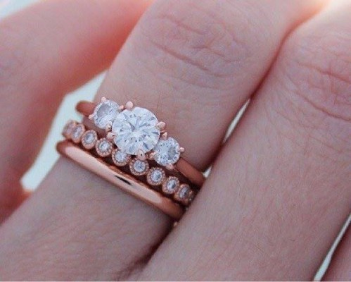 can i wear a mismatched engagement ring and wedding band - How To Wear Wedding Rings